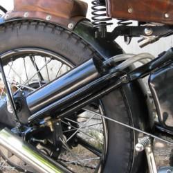 Détail roue / réservoir huile